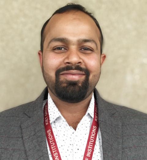 Mr. Vineet Kumar Vashishtha