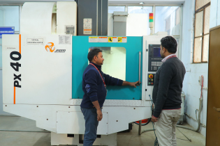 vertical-machining-centre-for-centre-of-excellence-and-value-added-course